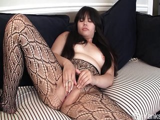 Asian Hermine toying will..