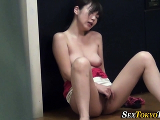 Short-lived pair asian rubbing
