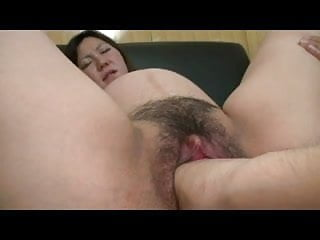 Asian Burly Pussy Fisting