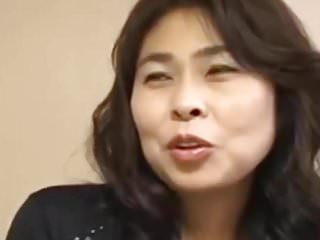 Amature Japanese MILF,..