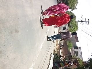 big ass desi gujju in saree