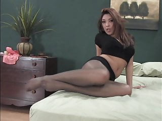 Sexy Asian up Pantyhose