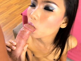 Skinny Thai angel gets her..