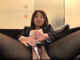 Obedient asian hotty wishes..